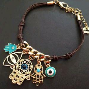Jewelry - 🤚👁Hamsa charm bracelet👁✋
